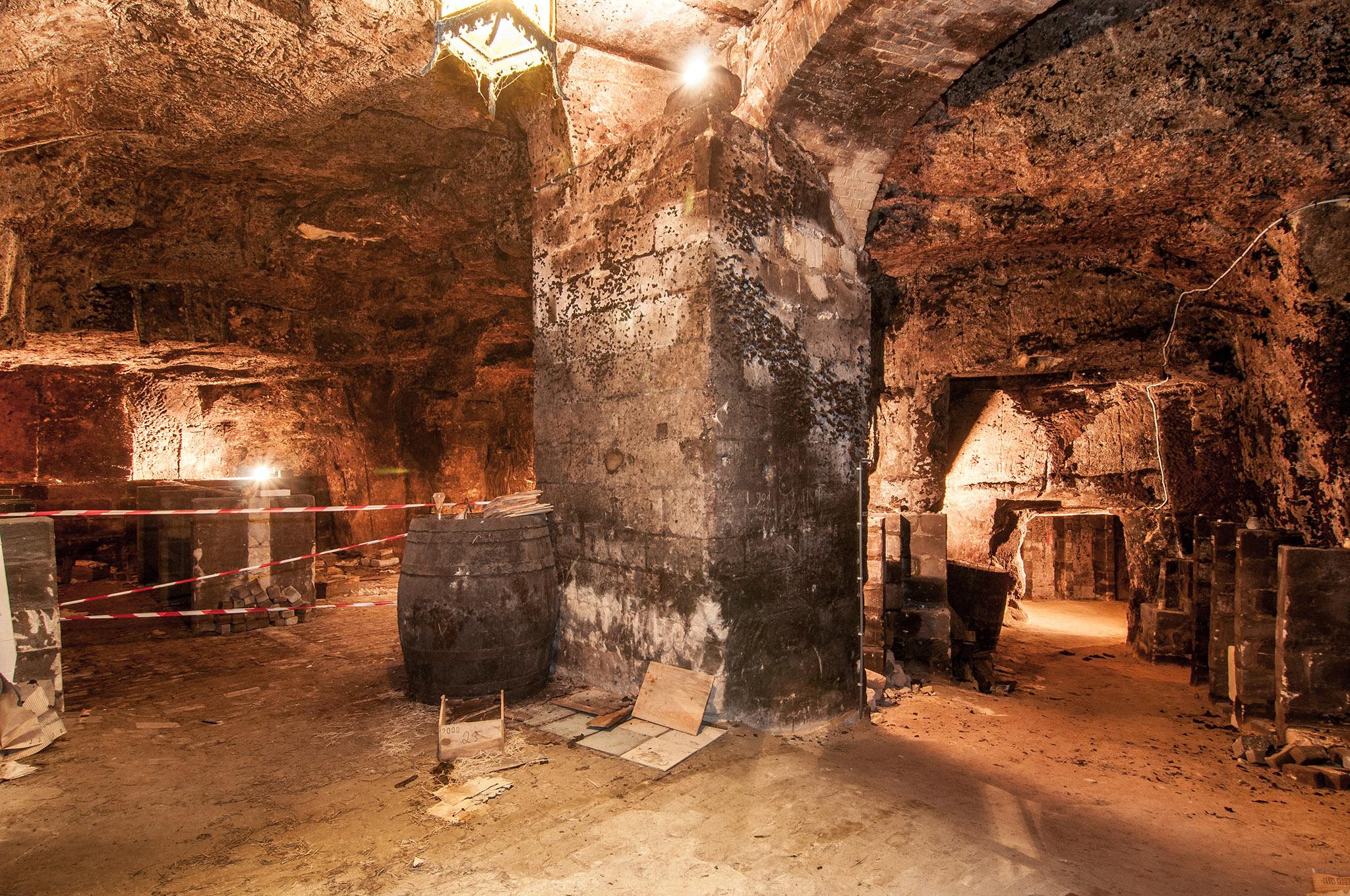 Wijnhuis Sauter na 114 jaar weg uit Maastricht - Chapeau ...